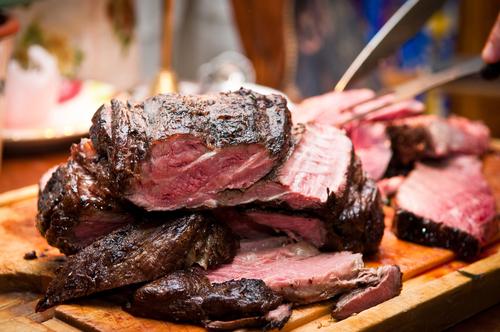 christmas dinner roast beef