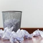 「ゴミ」の英語|9個もある表現の発音と違いや複数形・関連英語