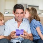 「父の日」の英語|厳選6つのメッセージや贈り物を参考に!