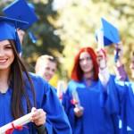 「卒業」の英語|卒業おめでとう!のメッセージや関連表現