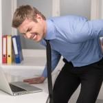 「痛い」の英語|2つある表現と9個の役立つ痛みのフレーズ