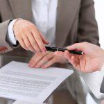2つある!「契約」の英語|違いと発音や様々な関連表現