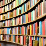 「図書館」の英語|6つの必要なフレーズと25個の関連表現