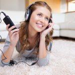 英語の「聞き流し」で効果を出す!6つの勉強法とおすすめ無料教材
