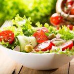 「サラダ」の英語|発音と10以上ある種類名やドレッシング