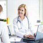 病院での「診察」の英語|発音や会話に役立つ例文の4サイトと参考書