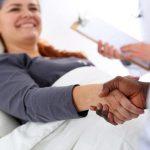 「治療」の英語|発音や2つ表現の違いと使い分け・医療英会話フレーズ