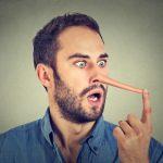 「嘘」の英語|lieは横たわる!?動詞や名詞などで9個の言い回し